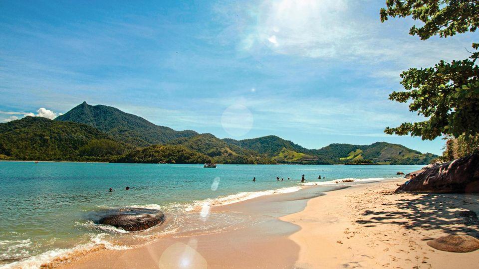 Ein Strand auf der Ilha do Pelado