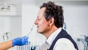 Eckart von Hirschhausen trifft auf Geschmacksexpertin Dr. Kathrin Ohla.