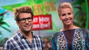 """Sonja Zietlow (r.) und Daniel Hartwich, Moderatoren von """"Ich bin ein Star - Holt mich hier raus!"""""""