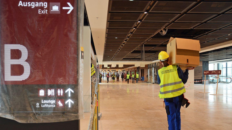 Hauptpier des neuen Flughafens Berlin Brandenburg