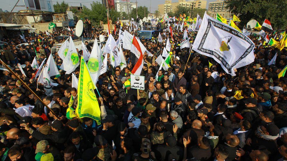 Trauerzug in Bagdad