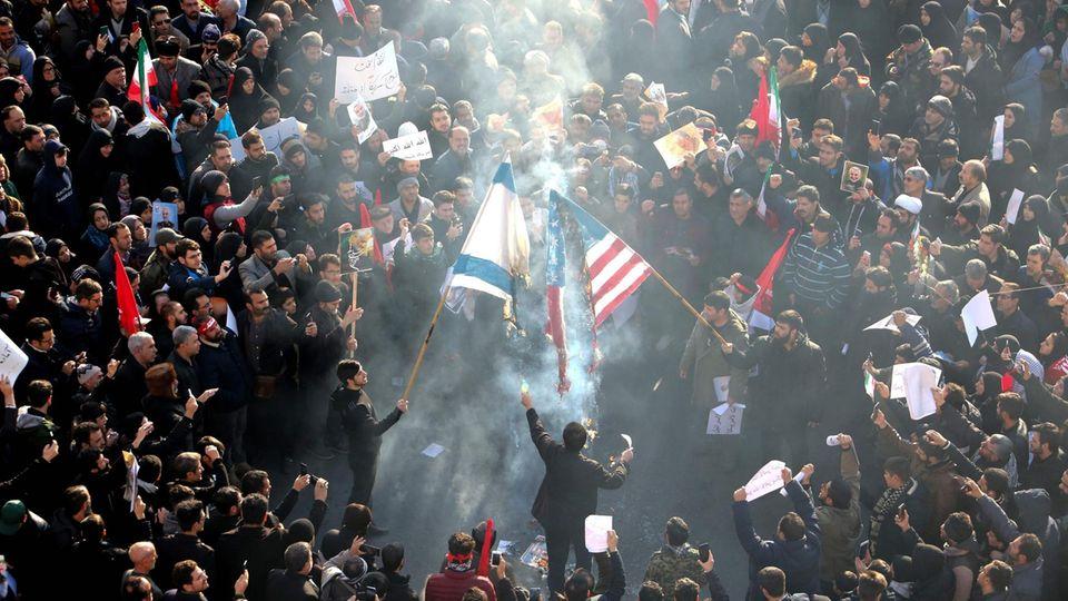 Iran: Trauerfeier für Soleimani VI