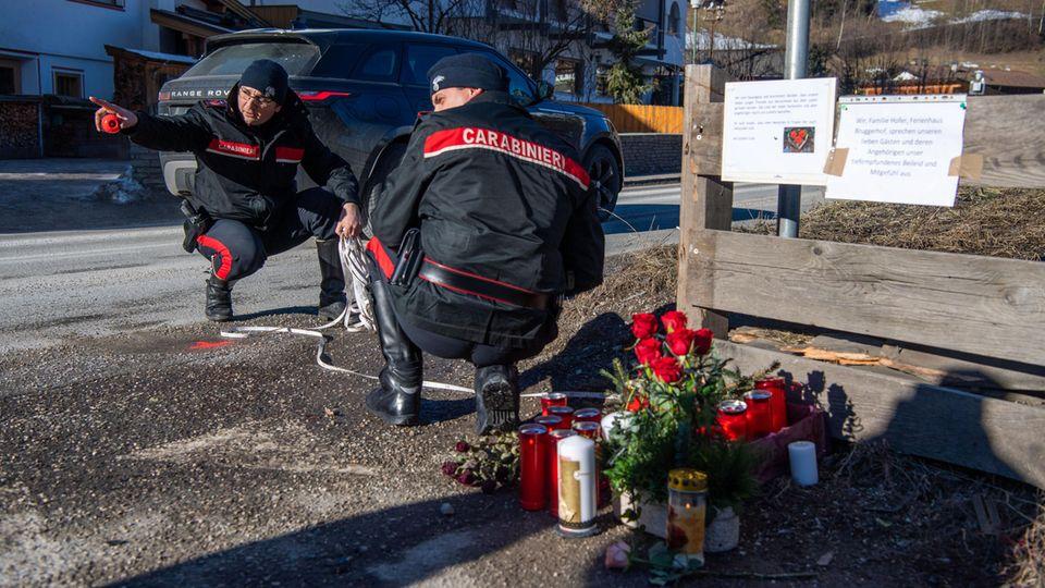 Ermittler begutachten die Unfallstelle in dem Südtiroler Skiort Luttach