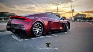 Der Vega EVX hat 591 kW / 804 PS, ein maximales Drehmoment von 760 Newtonmetern und eine Beschleunigung von null auf 100 km/h in