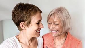 Paartherapeutinnen Charlotte Cordes (l.) und Noni Höfner