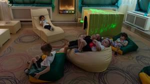 """Außen Kälte, innen Luxus: Der Entspannungsraum im Kindergarten """"Schneeflocke"""" in der russischen Arktis"""