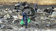 Trümmerteile des Fluges MH17 in der Ostukraine