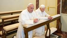 Papst Benedikt Papst Franziskus