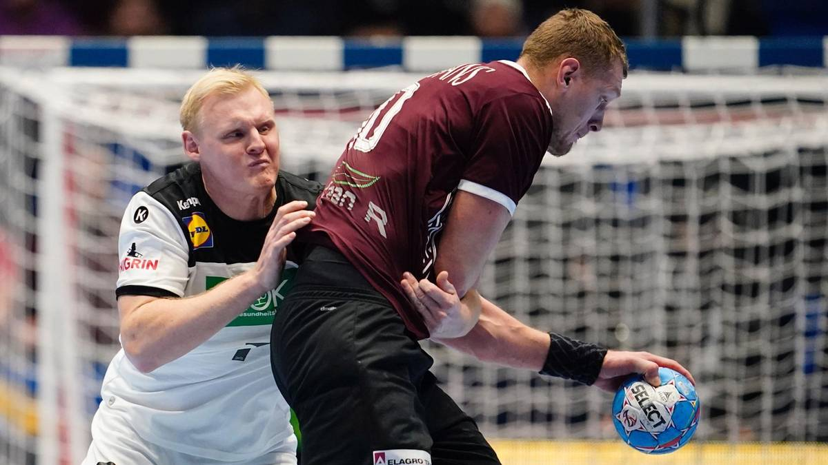 Sport Compact German Handball Players Tremble In The Em