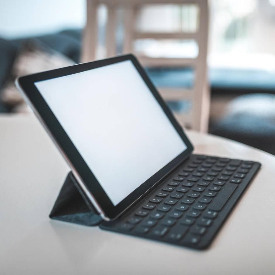 Zwei in eins: Tablet mit Tastatur: Drei Varianten für jeden Geldbeutel