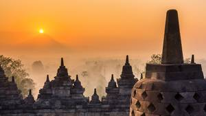 Abendstimmung in Borobudur, Indonesien