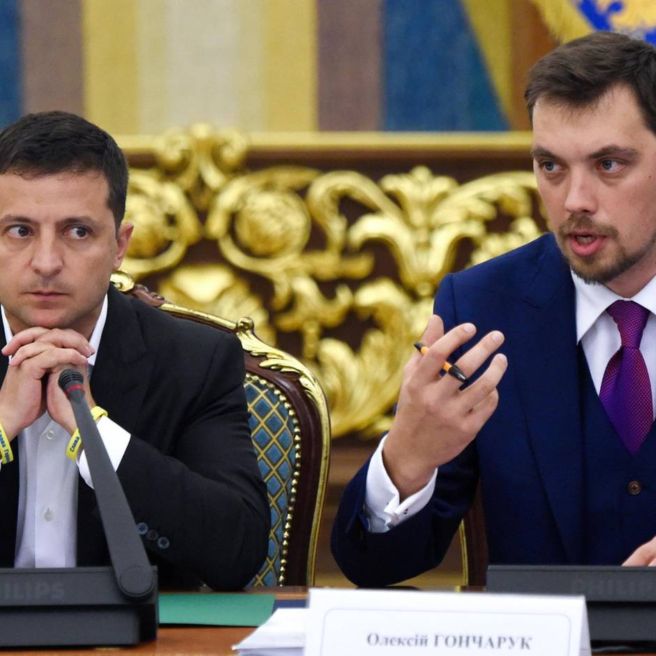 News von heute: Nach Lästerattacke über Präsidenten: Ukrainischer Regierungschef tritt zurück