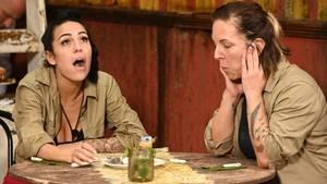 """Elena und Danni bei der Dschungelprüfung """"Kaffee und Fluchen"""""""