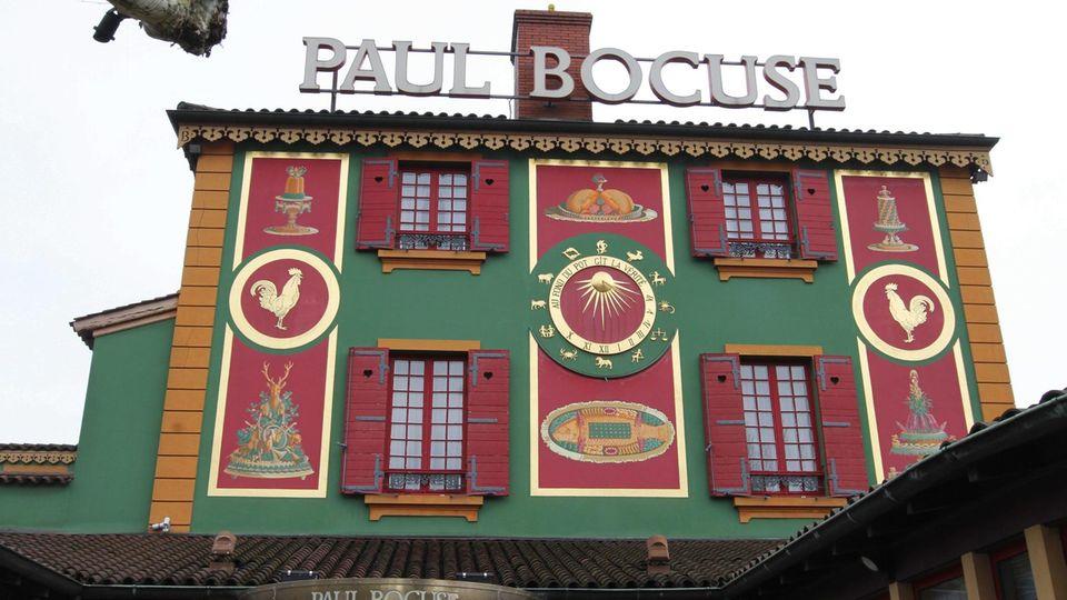 """Der Gourmet-Tempel """"L'Auberge du Pont de Collonges"""" ist ein Pilgerort für Gourmets aus aller Welt."""