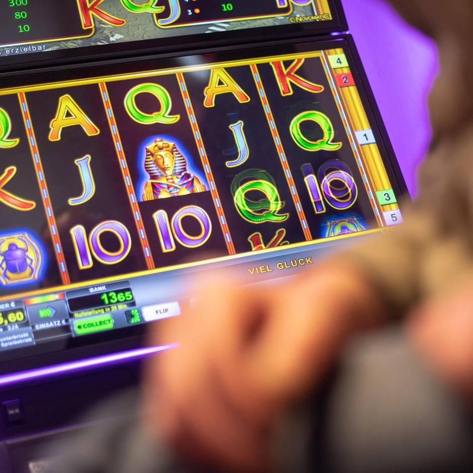 News von heute: Eigentlich wollte er pokern: Millionär gewinnt 1,37 Millionen Euro an Spielautomat