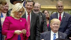 Murkowski mit Donald Trump