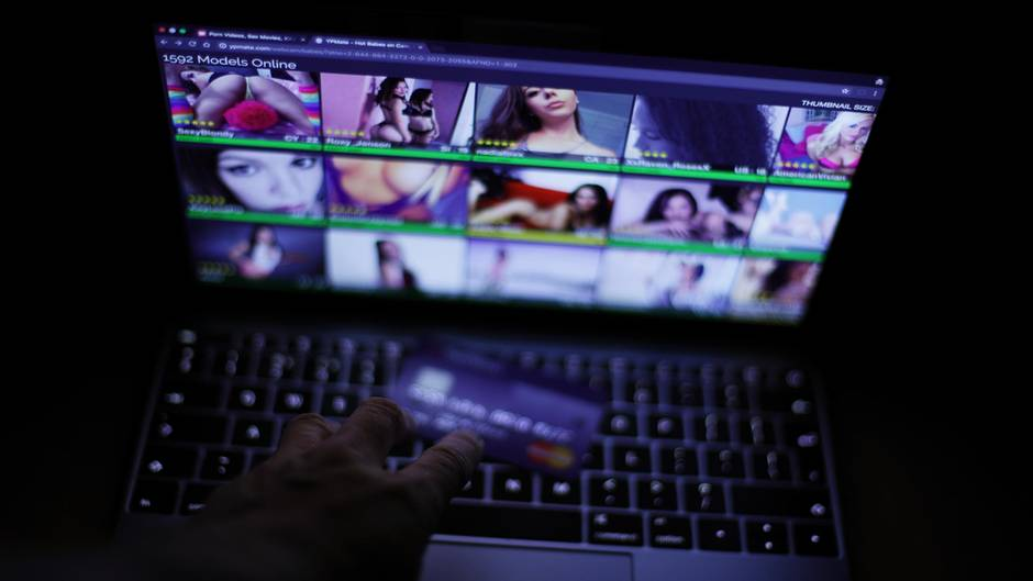Die meisten Pornoseiten haben keine oder nur sehr wenige Streifen mit Untertiteln (Symbolbild).