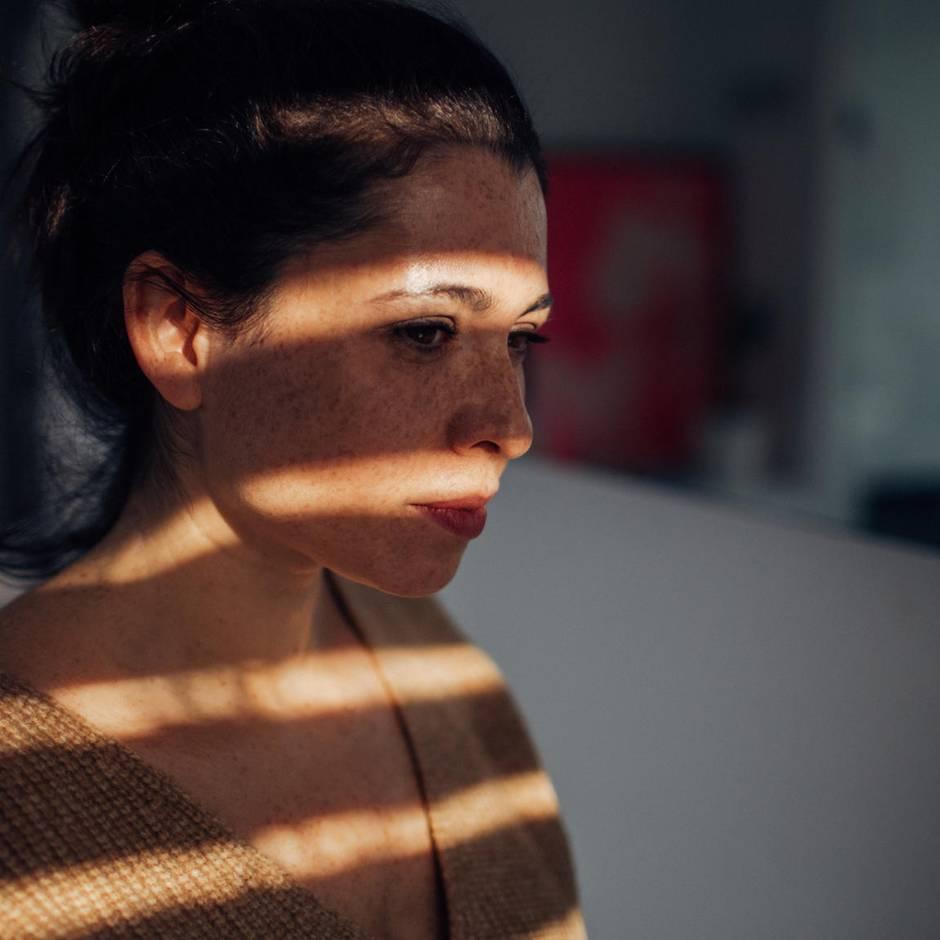 Aktuelle Studie: 47,2 Jahre - in diesem Alter sind Menschen am unglücklichsten
