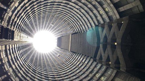 Blick ins Innere des Ponte-Towers. Für viele Südafrikaner ist gilt er als No-go-Area