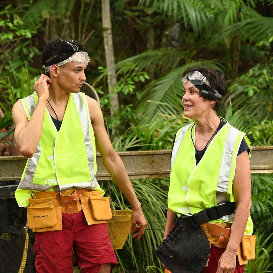 Dschungelcamp, Tag 10: Heimwerker des Grauens – Sonja in der Inbusfalle