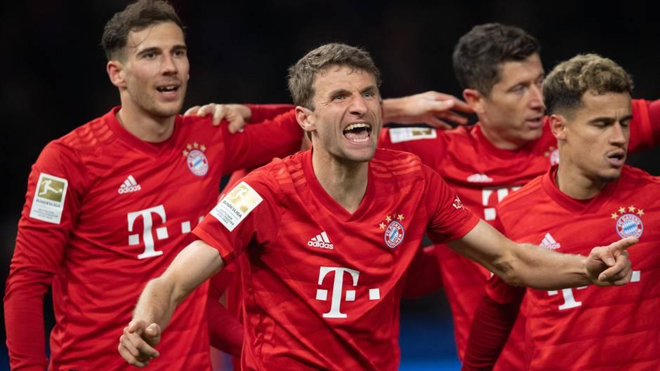 Thomas Müller jubelt über sein wichtiges 1:0 gegen Hertha BSC Berlin
