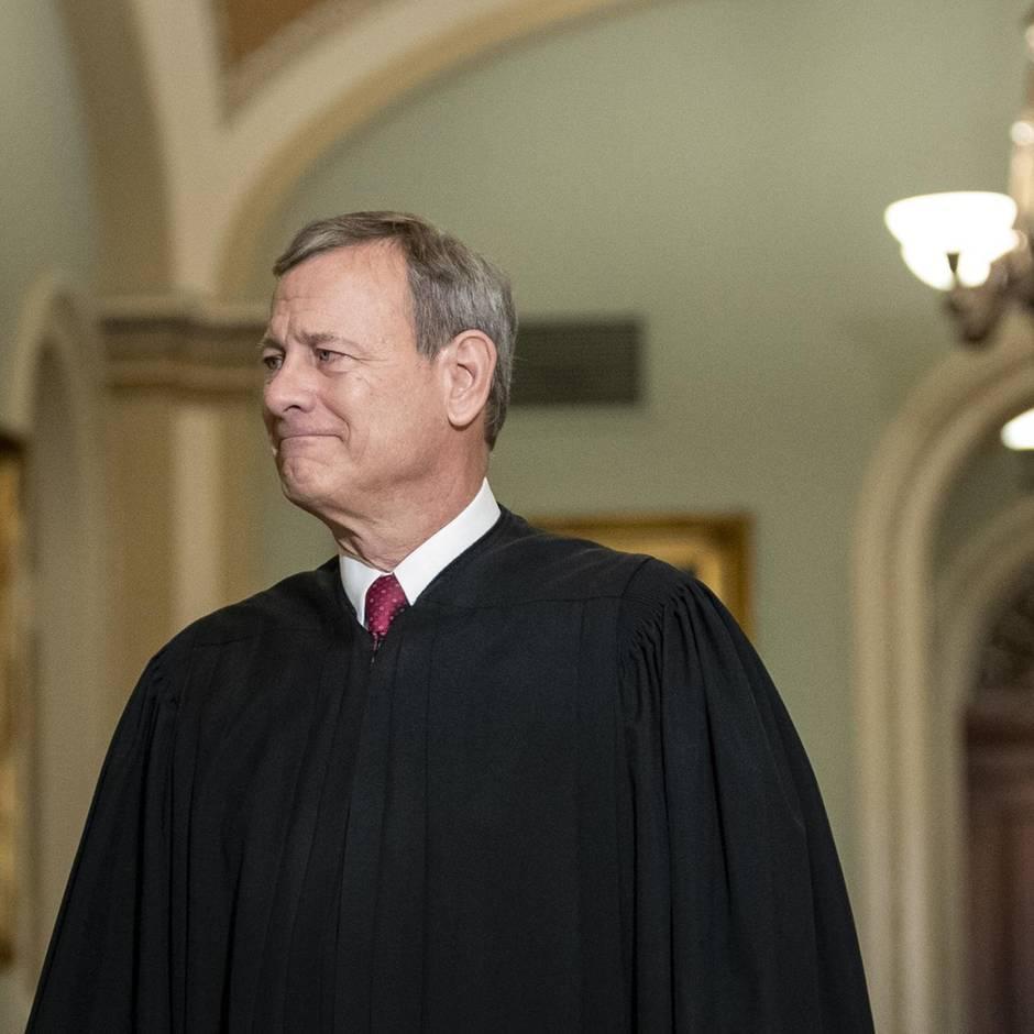 Impeachment: Nach heftigem Schlagabtausch: Richter Roberts fordert US-Senatoren auf, sich zu benehmen