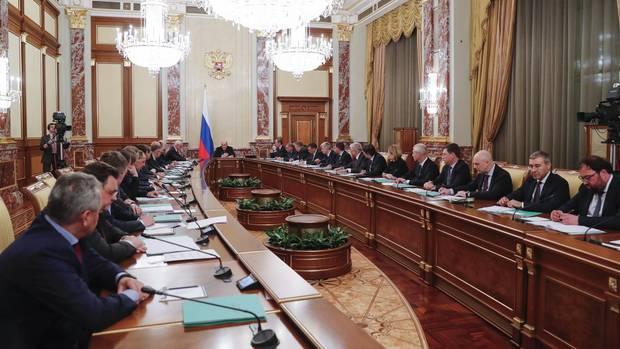 Russlands neue Regierung unterMichail Mischustin bei ihrer ersten Sitzung
