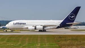 Ein Airbus A 380 der Lufthansa