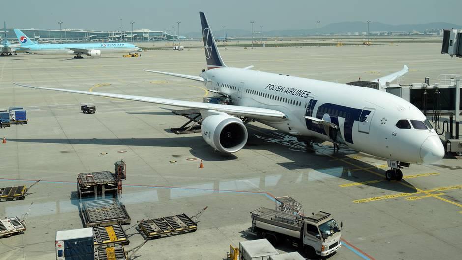 Zu Flotte von LOT gehören auch 15 Jets vom Typ Boeing 787 für den Langstreckenverkehr