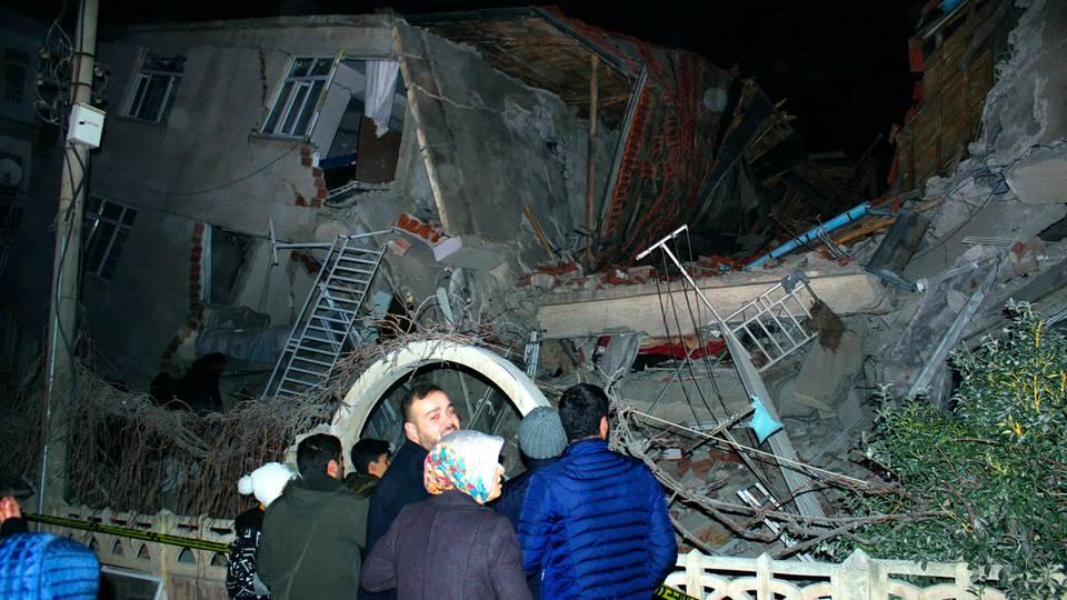 Viele Tote bei Erdbeben in der Türkei