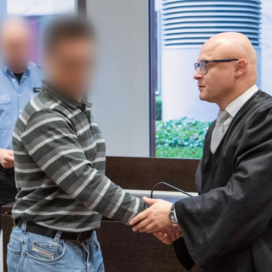 Nachrichten aus Deutschland: 49-Jähriger soll Nudelsuppe vergiftet haben: Beim Prozessauftakt schweigt der Angeklagte