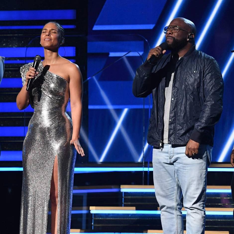 """Grammy-Verleihung: """"Wir stehen in dem Haus, das Kobe Bryant gebaut hat"""": Alicia Keys zollt Basketball-Star Tribut"""