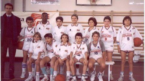 Kobe Bryant mit seinem Jugendteam in Reggio Emilia