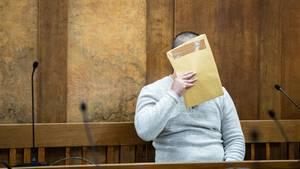 Jackson B. beim Prozessauftakt im Duisburger Landgericht am 9. Januar
