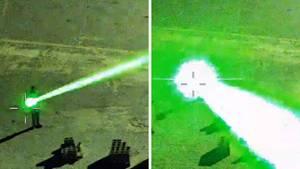 Ein Mann in Florida blendet ein landendes Flugzeug mit dem Laserpointer.