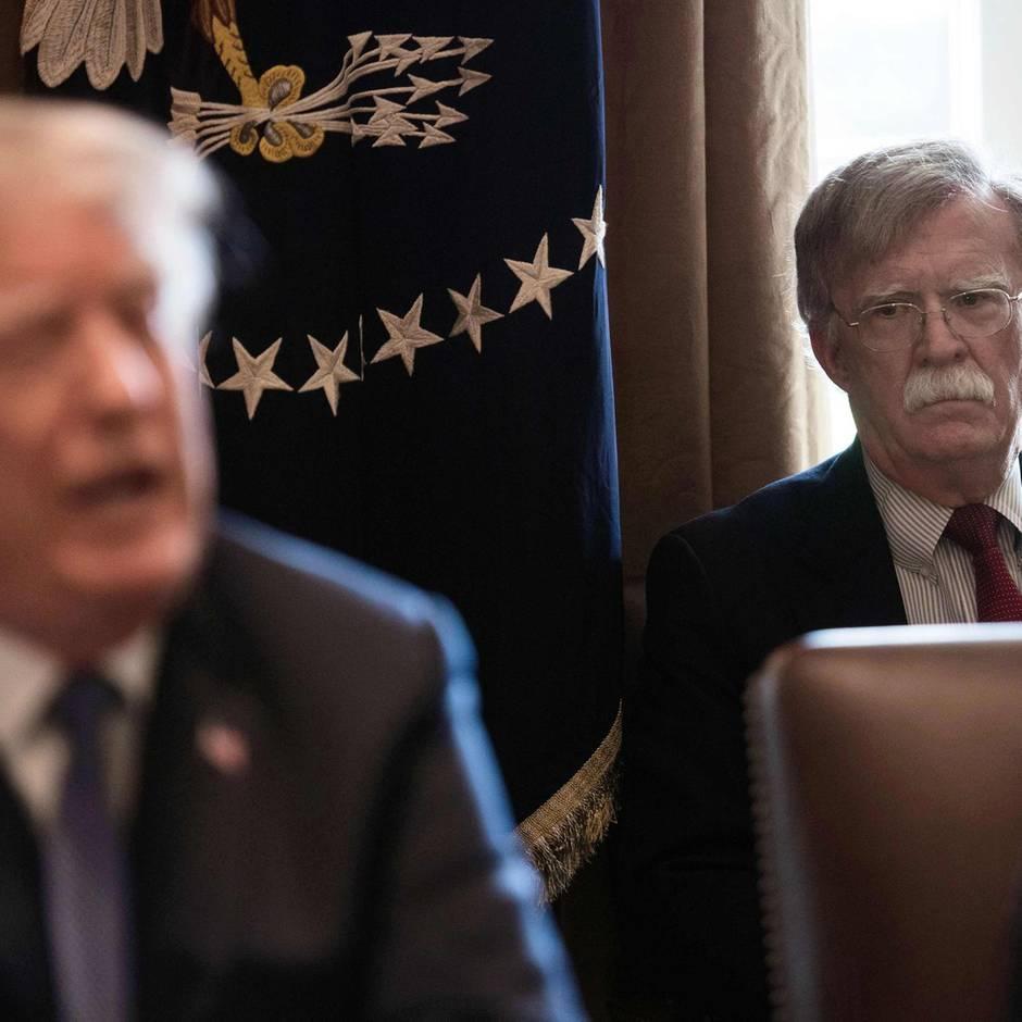 Amtsenthebung gegen US-Präsident: Donald Trump und John Bolton: Ein absehbares Missverständnis mit unabsehbaren Folgen
