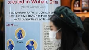 EU fliegt Hunderte Europäer aus Wuhan aus