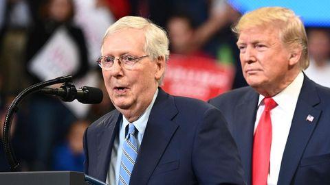 Republikaner Mitch McConnell und Donald Trump
