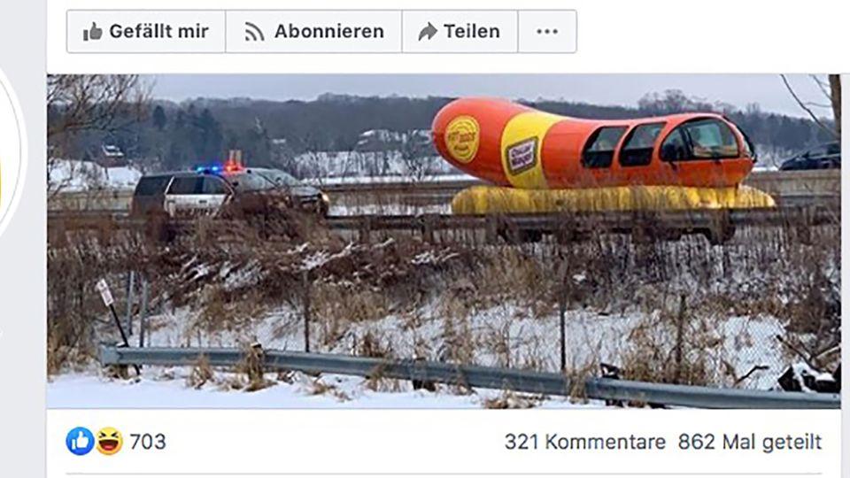 Polizei stoppt Wurst-Mobil und kommentiert online launig die Aktion