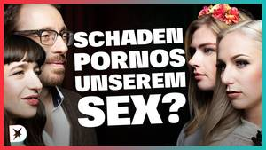 DISKUTHEK: Pornostar Lucy Cat streitet unter anderem mit Femen-Aktivistin Klara Mertens