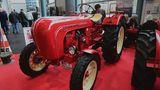 Auf dem Stand vom Porsche-Diesel Club: Porsche Traktor 308 N , Bj. 1960, 35 PSund 2067 ccm.