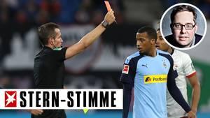 Alassane Pléa von Borussia Mönchengladbach sieht die rote Karte
