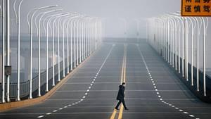 Leere Straßen, gesperrte Brücken