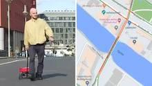Der Berliner Künstler Simon Weckert erzeugt virtuellen Stau - mit einem einfachen Trick.