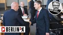 FDP-Mann Thomas Kemmerich (l.) ist auch mit den Stimmen der AfD, hier Landesparteichef Björn Höcke, gewählt worden
