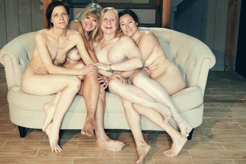"""""""I AM"""" von Angelika Buettner: """"Sinnlich, befreiend, selbstbestimmt"""": Ein Fotoprojekt zeigt 121 Frauen so, wie sie sind"""
