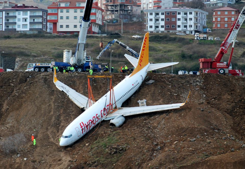 Diese Boeing 737-800 war im Januar 2018 bei der Landung inTrabzon von der Bahn geschliddert