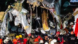Drei Tote bei Flugzeugunglück in Istanbul