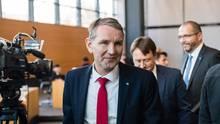 Der Chef der Thüringer AfD-Landtagsfraktion, Björn Höcke, im Parlament in Erfurt