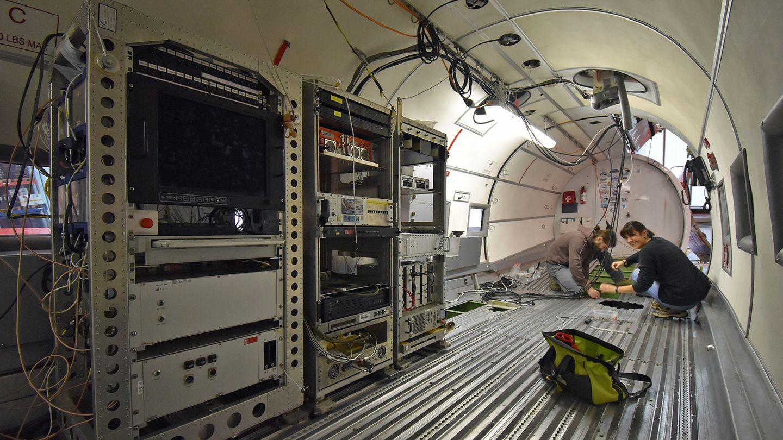 Im Rumpf der DC-3